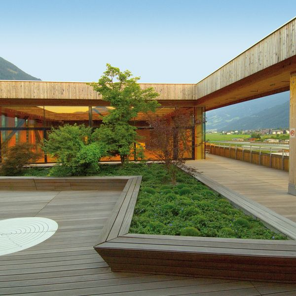 Experience wood with all your senses ... things to know about the topics wood & engergy